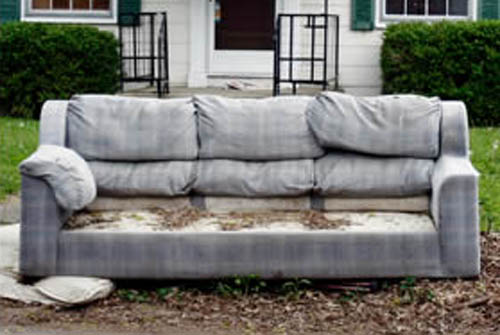 How To Avoid An Injury When Disposing Of Old Furniture Icezen