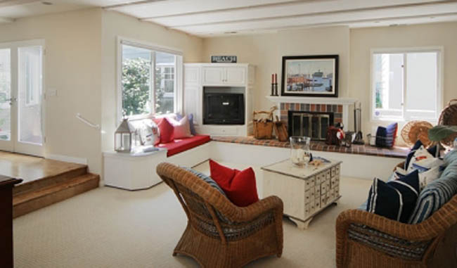 5 Cheap and Easy Ways to Redecorate Your Living Room